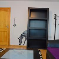 Mokyklos Apartment