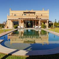 Squarebreak - Modern Villa with a Typical Moroccan Architecture