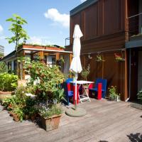 Boathouse Apartment