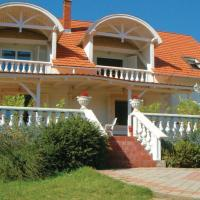 Holiday home Honved Utca-Abrahamhegy