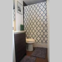 EG Suites - Modern Queen West Condo