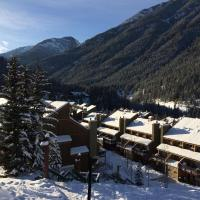 Panorama Mountain Resort - Horsethief Lodge with Fairmont Creek