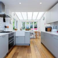 Four Bed Home in trendy Tufnell Park
