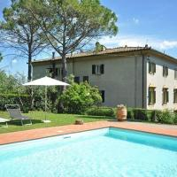 Holiday home in Staggia with Seasonal Pool