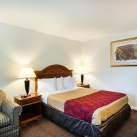 Econo Lodge Inn & Suites Northborough