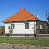 Holiday Home Tiszabábolna 6992