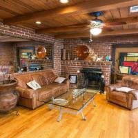 Sherman Oaks 2 Bedroom Villa