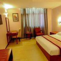 HBT Russel Hotel