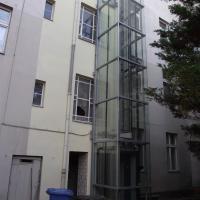 mantegna apartments