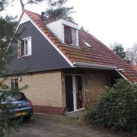 Holiday home in Buitenplaats Berg en Bos II
