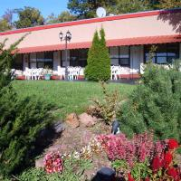 Capricorn Motel Royale 1000 Islands