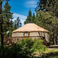 Bend-Sunriver Camping Resort 24 ft. Yurt 12