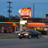 Sun -N- Sand Motel