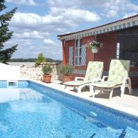 Holiday home La Violette BROSSAC