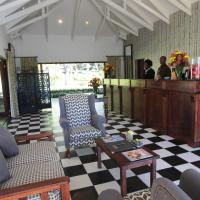 Perry's Bridge Hollow Boutique Hotel