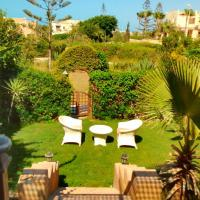 Three-Bedroom Chalet with Garden at Marina 2