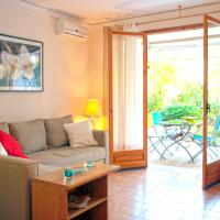 One-Bedroom Apartment-Vouliagmeni