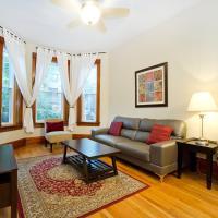 Apartment on N Seminary Avenue 1