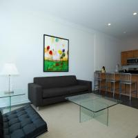 Apartment on W Fullerton Avenue 204