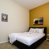 Two-Bedroom Apartment on North Halsted Street 302
