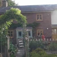 Rose Cottage Cwtch