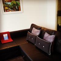 Boat House Super Suites
