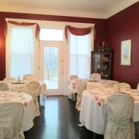 Six Acres Bed and Breakfast