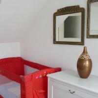 E River views - 2 bedrooms