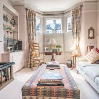 Delightful home off Northcote Road