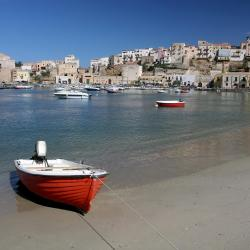 Castellammare del Golfo 1066 khách sạn