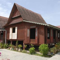 Kampung Kuala Besut 37 hoteles