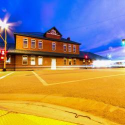 Dickinson 18 khách sạn