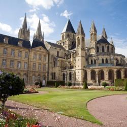 Caen 152 khách sạn