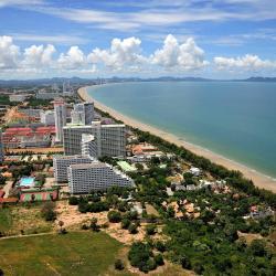 חוף ג'ומטיין 1425 מלונות