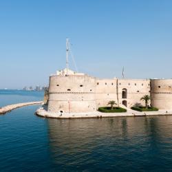 Taranto 320 hotéis