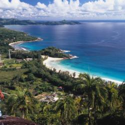Grand Anse 11 khách sạn