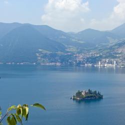 Riva di Solto 33 khách sạn