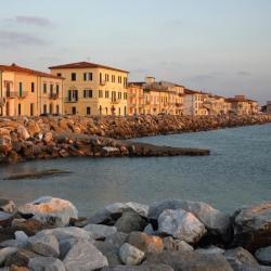 Marina di Pisa 26 khách sạn