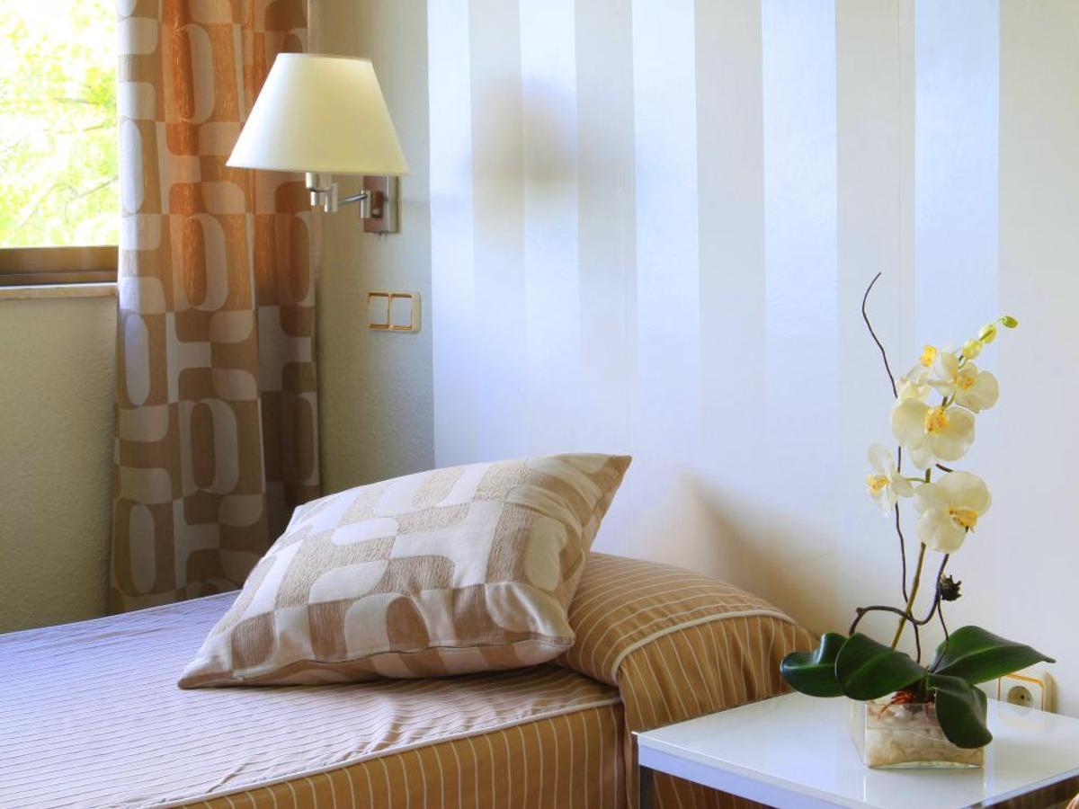 1045 Opiniones Reales del Hotel Escuela Madrid | Booking.com