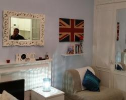 Bright High Street Kensington Studio