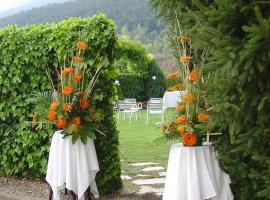 Los 30 mejores hoteles cerca de Jardines de Artigas en La ...