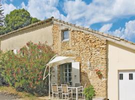 Holiday home Couemes-Vaucé N-776, La Roque-sur-Cèze (рядом с городом Saint-Marcel-de-Careiret)