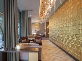 H Hotel Los Angeles, Curio Collection By Hilton