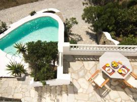 Unique Luxury Traditional Maisonette in Mykonos with a pool