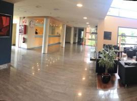 Mejores hoteles y hospedajes cerca de Els Taronjers, España