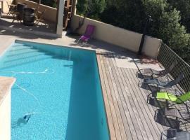 villa avec piscine, Sotta