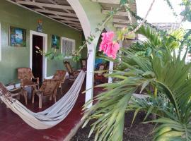 Hostel Papagayo