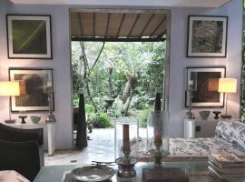 Pool Villa With Lush Garden in Heart of Seminyak