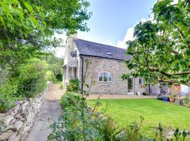 The Stone House, Church Stoke