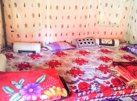Tent with free breakfast in Kasol, by GuestHouser 61904